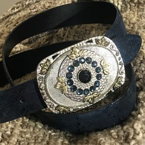 Accessories - 💎 NWOT Navy Sparkly Reptile Print Leather Belt L